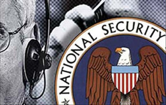 nsa - Whistleblower-Protests-Illegal-NSA-Data-Mining1